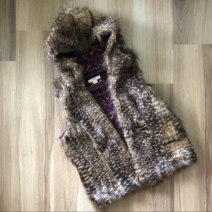 Mossimo Supply & Co. Fux Fur Hooded Vest